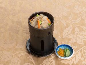 一人釜炊き浅利こ飯と香の物